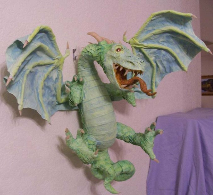 Diane Sorenson's paper mache dragon' Yorgy