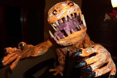 paper mache Heterodontosaurus2