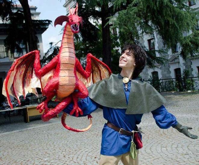 salih's paper mache dragon 2