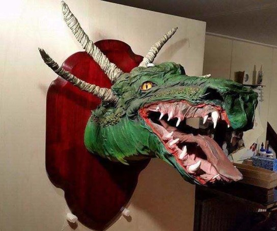 lee's paper mache dragon trophy1