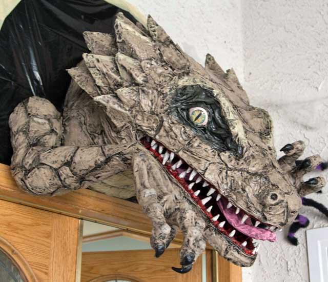 dan fitzpatricks paper mache dragon2
