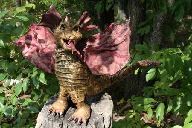 dustie's paper mache dragon