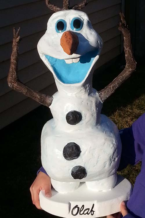 mIke and hannah's paper mache snowman