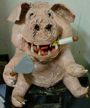 kelvins paper mache pig thing