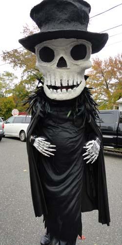 brians paper mache skull
