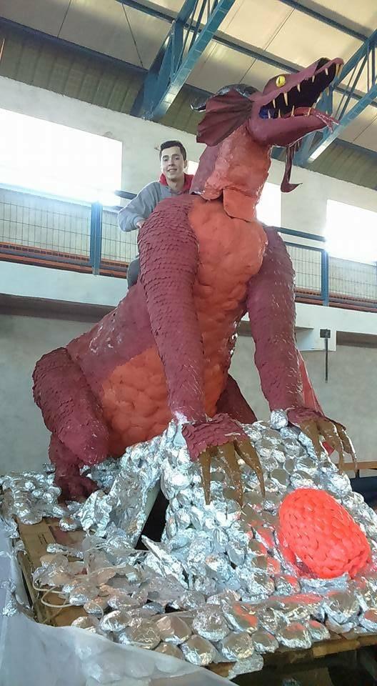 Ailyn Nannig's paper mache dragon
