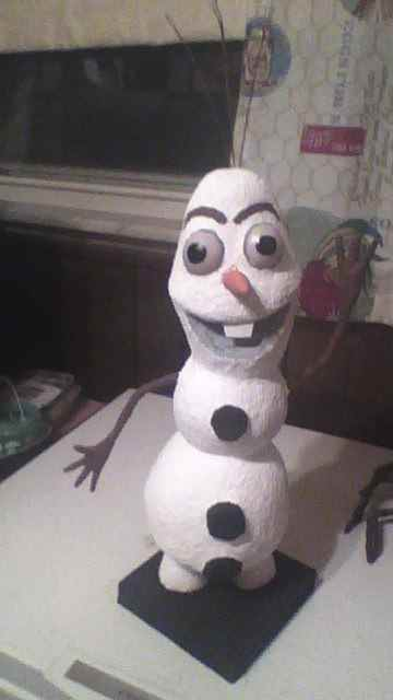 Don Hagemeyer's paper mache %22Olaf%22 made for his great niece Layla.