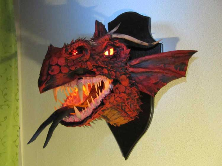 Arnd Willmann's paper mache dragon trophy