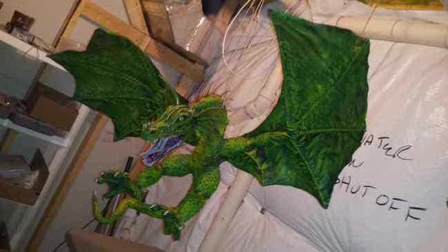 Craig Jameson's paper mache dragon3
