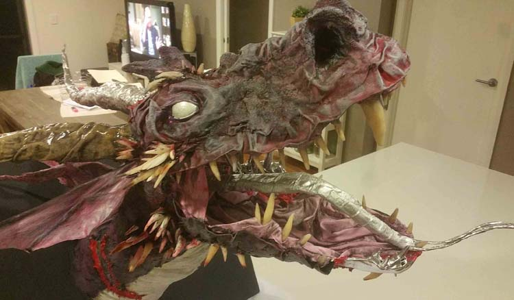Heath Lambert's paper mache dragon2