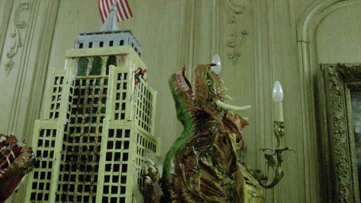 Paolo Orlando's paper mache dragons on the Empire State Building2