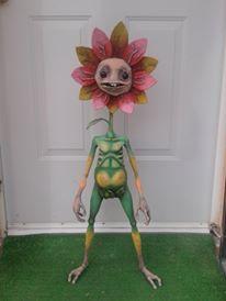 "Miguel Ruiz Fuentes's paper mache ""Sunshine"""
