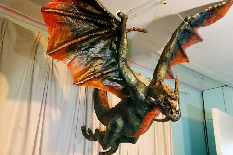 ben's paper mache dragon