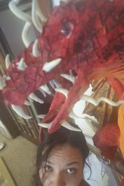 Anna's dragon-close up