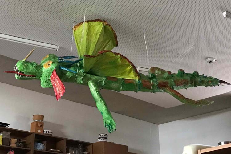Meera Schuhmann's dragon with preschool kids