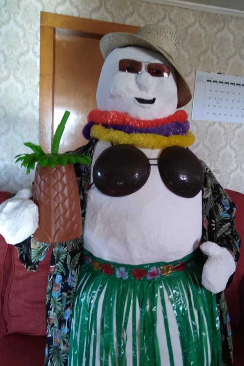 This old geek (mike esker) paper mache snowman