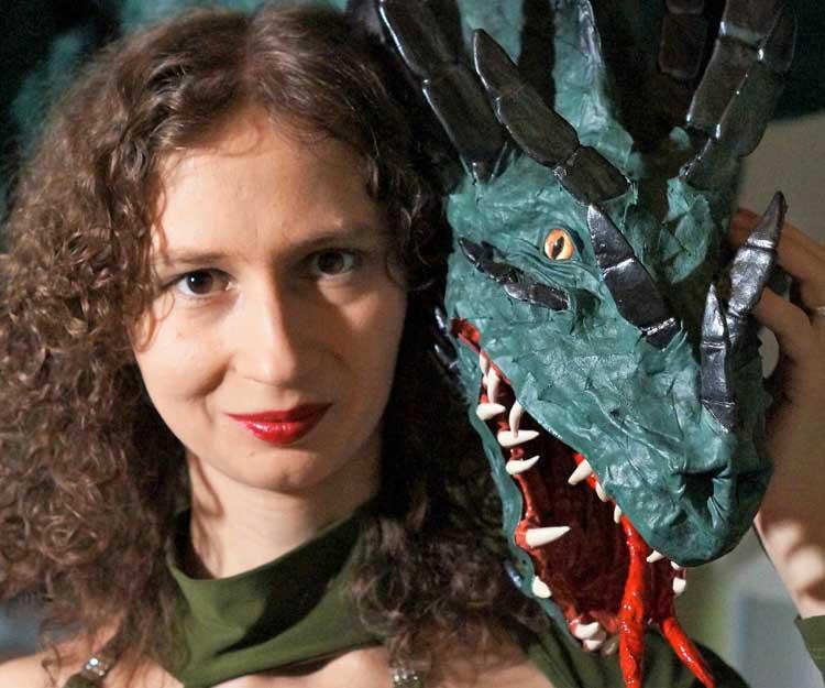 Kseniya's paper mache dragon4