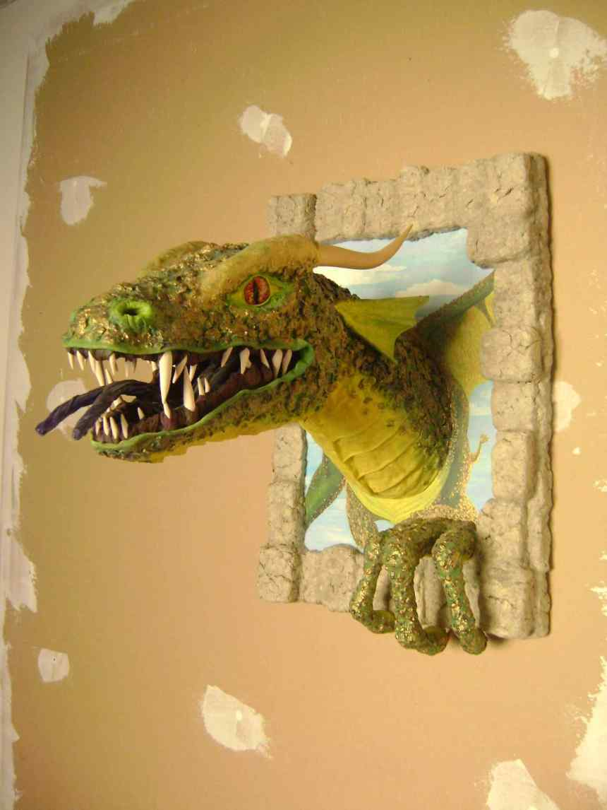 Maddy JULIEN paper mache dragon 2