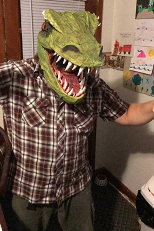 Nipsolass Clark paper mache mask
