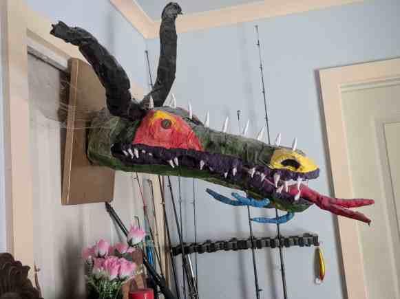 duain kelaart's paper mache dragon