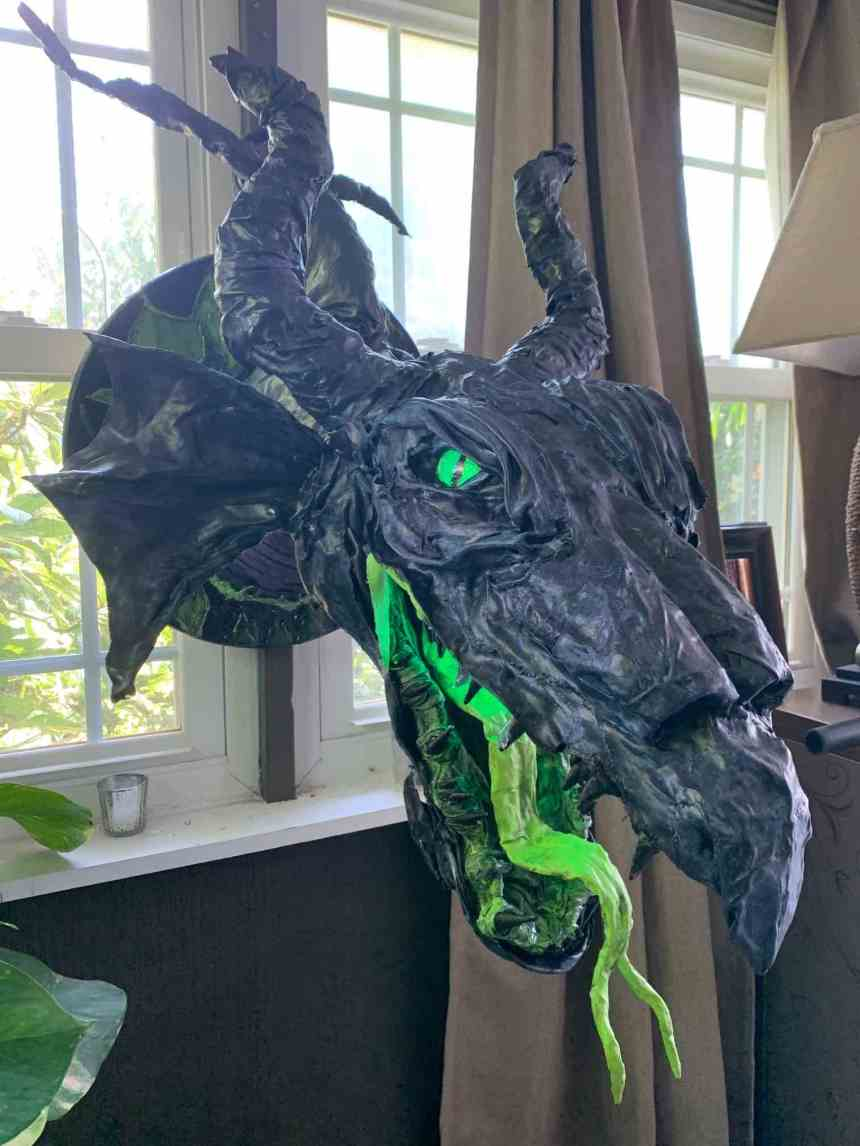 Nathan Kirk's paper mache dragon2